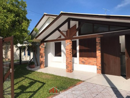 Casa 3 dormitórios em Capão Novo | Ref.: 1142