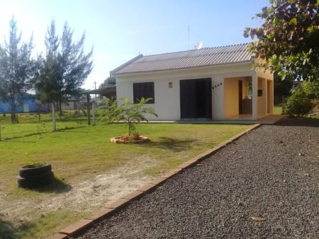 Casa 2 dormitórios em Capão Novo | Ref.: 1144