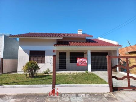 Casa 4 dormitórios em Capão Novo | Ref.: 1294