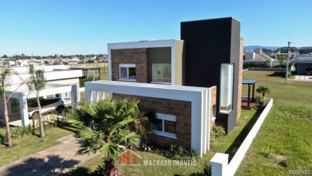 Casa em Condomínio 4 dormitórios em Capão da Canoa | Ref.: 1648