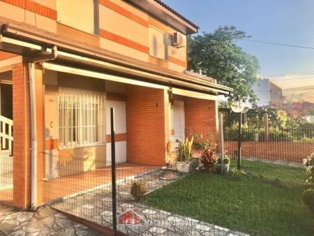 Sobrado 3 dormitórios em Capão Novo | Ref.: 1828