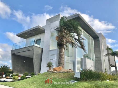 Casa em Condomínio 4 dormitórios em Capão da Canoa | Ref.: 1835