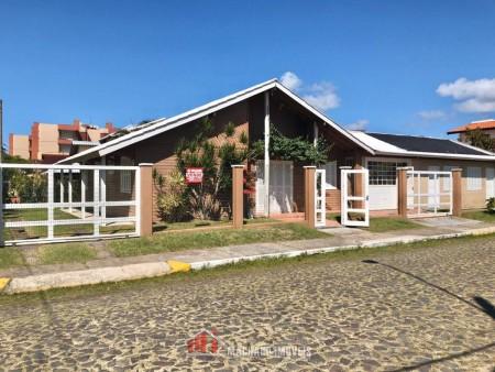 Casa 5 dormitórios em Capão Novo | Ref.: 1915