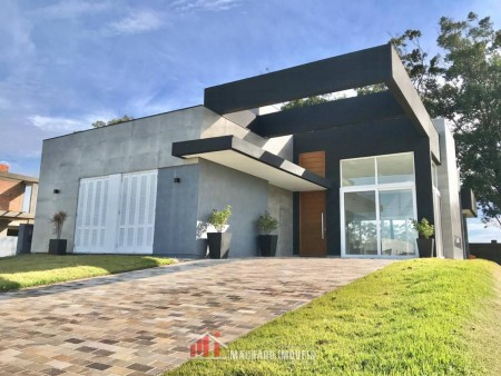 Casa em Condomínio 4 dormitórios em Capão da Canoa | Ref.: 2066