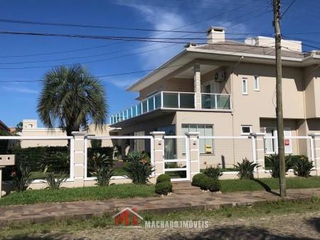 Casa 4 dormitórios em Capão Novo | Ref.: 2220