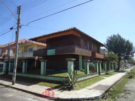 Casa 4 dormitórios em Capão Novo | Ref.: 233