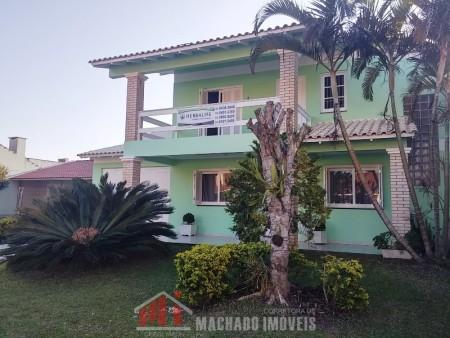 Casa 4 dormitórios em Capão Novo | Ref.: 242
