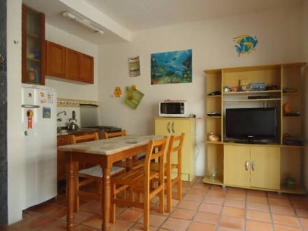JKdormitório em Capão Novo   Ref.: 2565