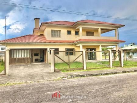 Casa 4 dormitórios em Capão Novo | Ref.: 273