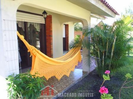 Casa 3 dormitórios em Capão Novo | Ref.: 670