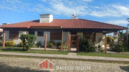 Casa 3 dormitórios em Capão Novo | Ref.: 673