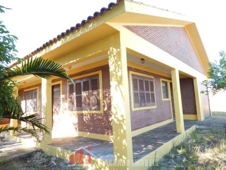 Casa 3 dormitórios em Capão Novo | Ref.: 678