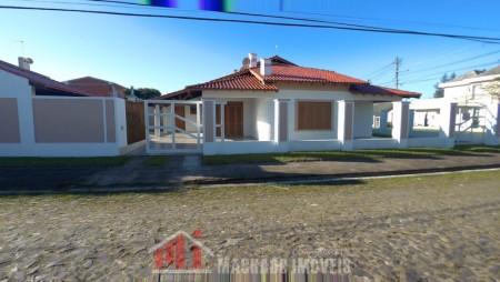 Casa 3 dormitórios em Capão Novo   Ref.: 696