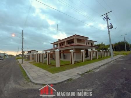 Casa 8 dormitórios em Capão Novo | Ref.: 735