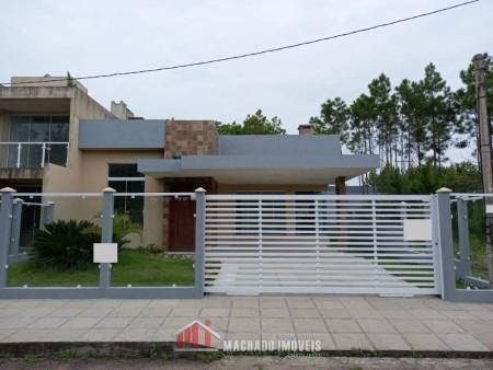 Casa 3 dormitórios em Capão Novo | Ref.: 736