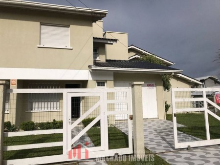 Sobrado 2 dormitórios em Capão Novo   Ref.: 755