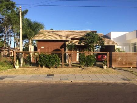 Casa 3 dormitórios em Capão Novo | Ref.: 839