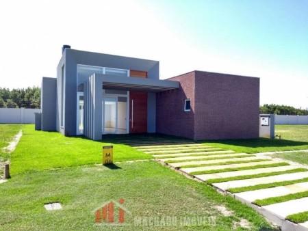 Casa em Condomínio 4 dormitórios em Capão Novo | Ref.: 871