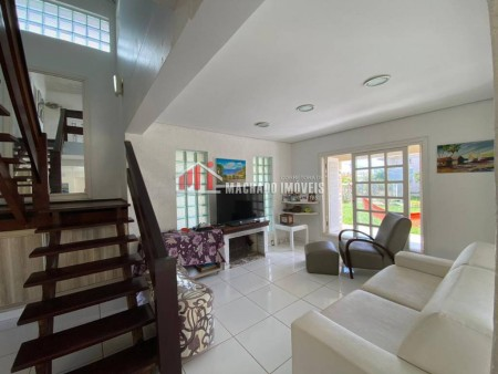 Casa 4 dormitórios em Capão Novo | Ref.: 873