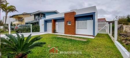 Casa 4 dormitórios em Capão Novo | Ref.: 934