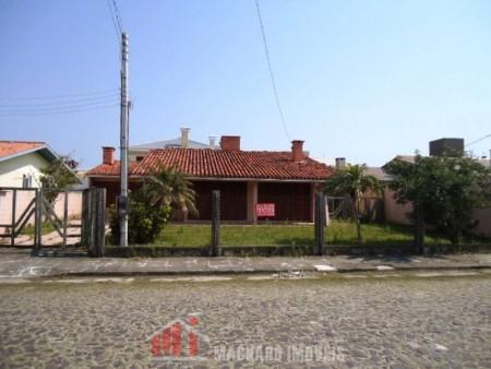 Casa 5 dormitórios em Capão Novo   Ref.: 943