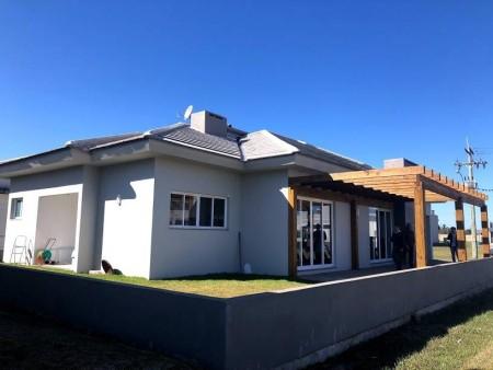 Casa em Condomínio 3 dormitórios em Capão da Canoa | Ref.: 967